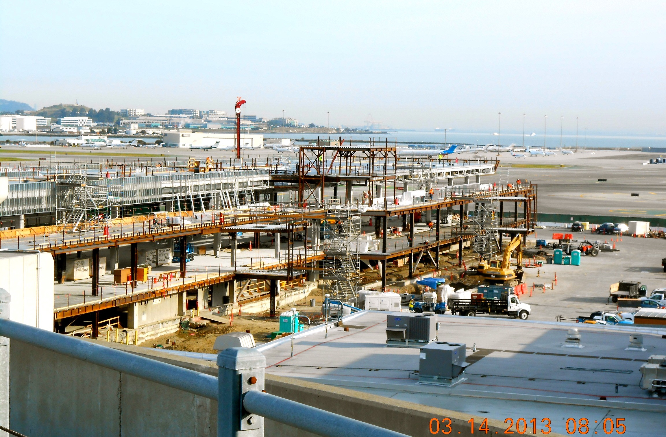 United To Remain In Terminal 1 At Sfo Until 2014