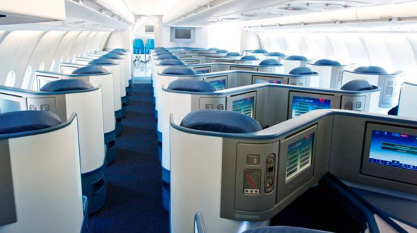 Business class on Delta's A330s (Photo: Delta)