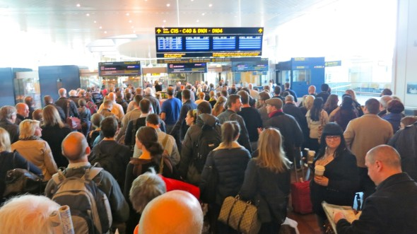 What happens when too many flight depart simultaneously at CPH (Chris McGinnis)