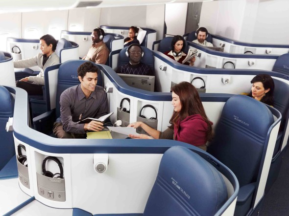 Are Delta's lie-flat business class seats worth 25% more? (Delta Air Lines)