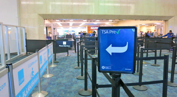 Deserted PreCheck lines at Delta's Terminal 1 Boarding area C security checkpoint (Chris McGinnis)