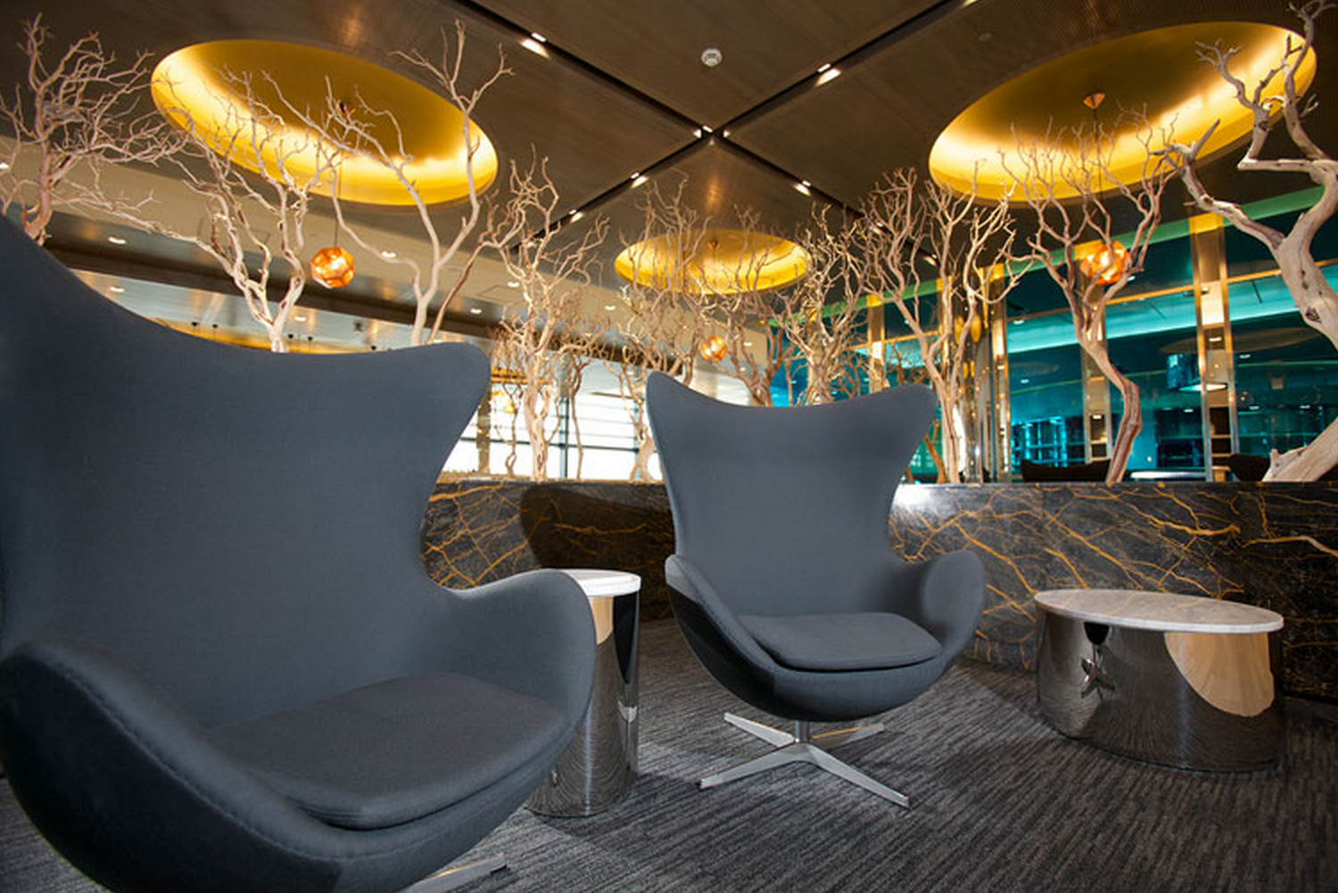 Feast Your Eyes On New United Club Lounge In London