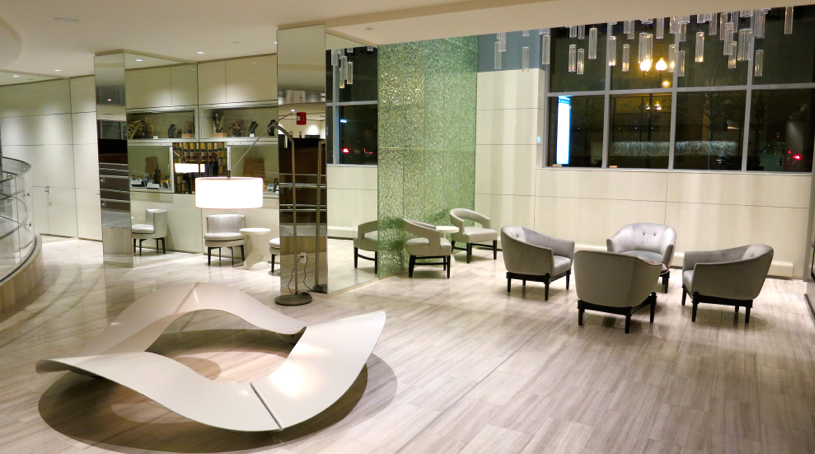 Check out the mod lobby in the new Revere hotel in Boston. Chic! (Photo: Chris McGinnis)
