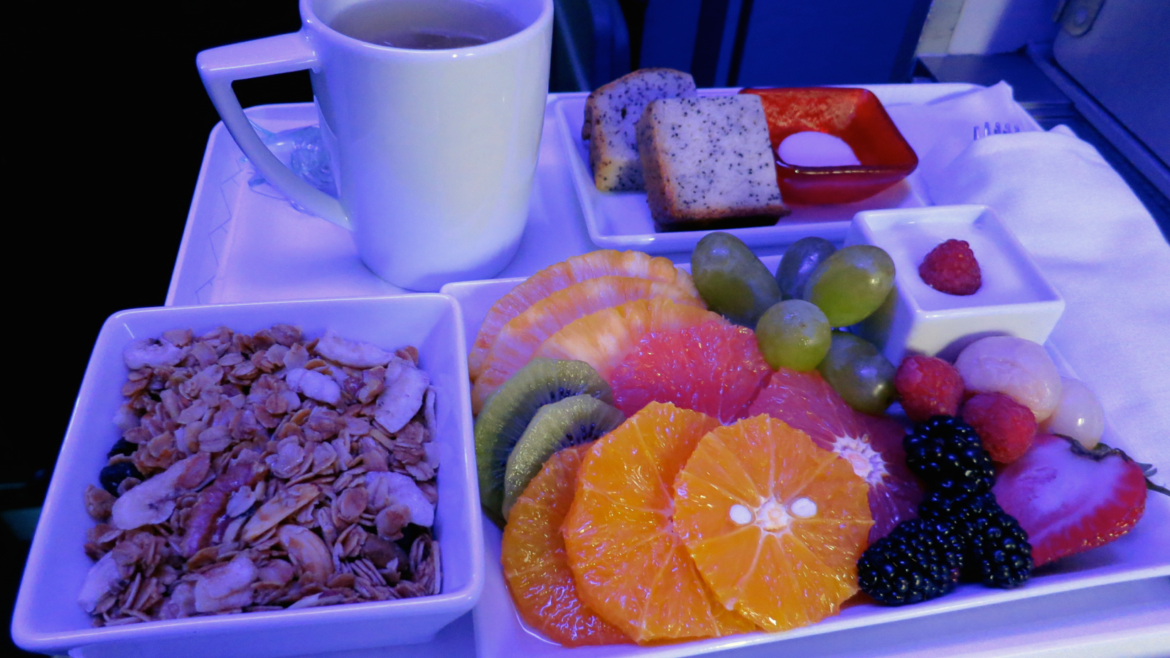 The most popular first class breakfast on Virgin: Yogurt, granola and fresh fruit. (Photo: Chris McGinnis)