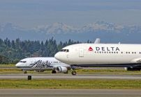 Delta & Alaska Air battle for Seattle (Photo: Jim Glab)