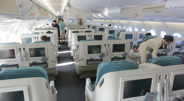 There are 94 lie flat business class seats on the upper deck of KAL's A380 (Photo: Chris McGinnis)