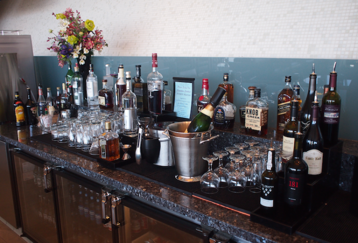 American Airline's self serve bar at its LAX Flagship lounge (Photo: Lounge Buddy)