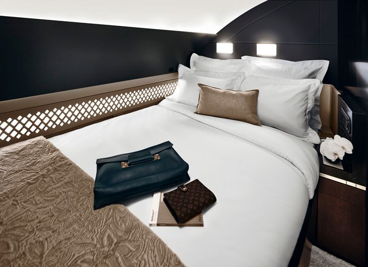 The big bed in Etihad's 3-room Residence aboard its A380 flying to New York in December (Photo: Etihad)