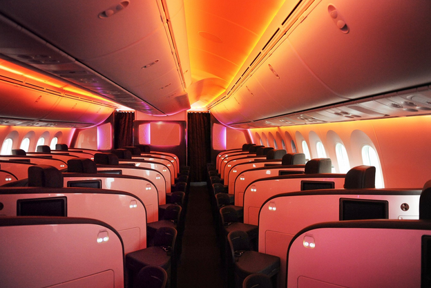 Upper class mood lighting onboard Virgin's new Dreamliner (Photo: Virgin)