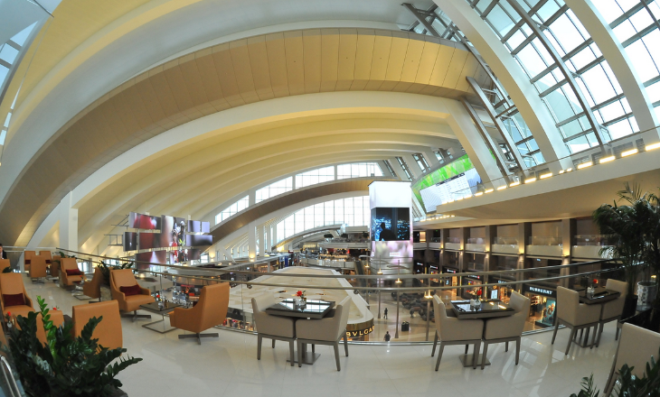 Looking over the duty-free area at LAX from the terrace of the new Emirates lounge (Photo: Emirates)