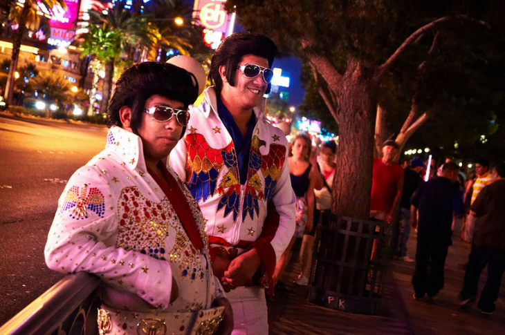 What's hot in Vegas?Maybe these guys know (Photo: Moyan Brenn / Flickr)