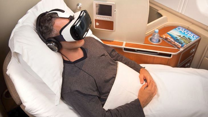 Flying in virtual reality on Qantas. (Image: Qantas)