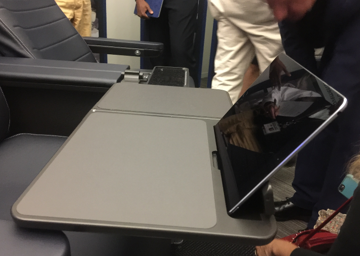 A new tray table with a nifty notch for your tablet (Photo: Chris McGinnis)
