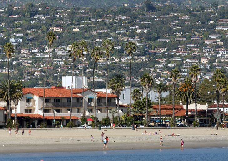 Santa Barbara made the top five in a ranking of 100 best smaller cities to live in. (Image: Jim Glab)