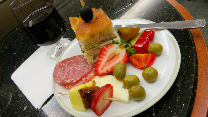 A healthy hearty pre-flight plateful from the lounge buffet (Chris McGinnis)