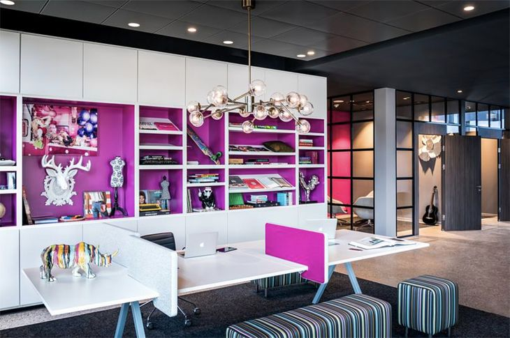 Marriott's new MOxy Hotel at the airport has bold colors and designs. (Image: Marriott)