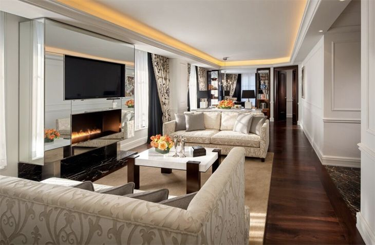 Cozy lobby fireplace at Rosewood's new Washington D.C., location. (Image: Rosewood)
