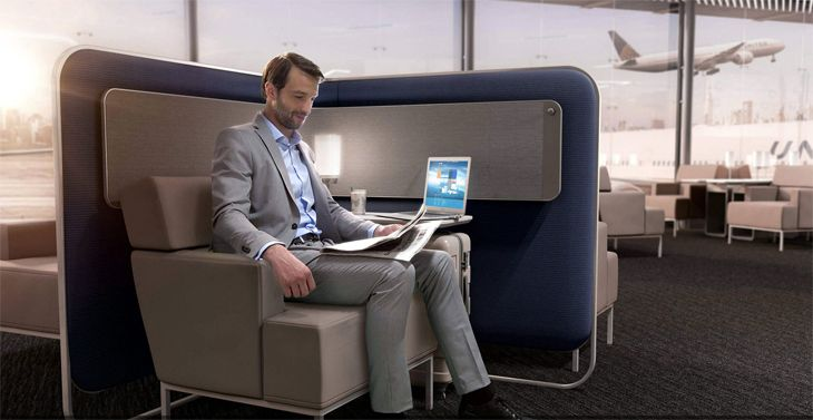 Polaris lounges offer some private seating spaces for work and device recharging. (Image: United)