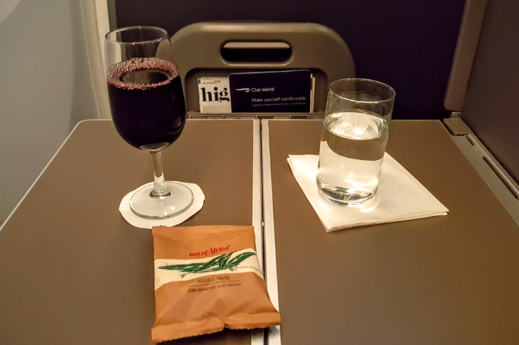 Post-takeoff drinks and packaged nuts in BA business class (Scott Hintz)