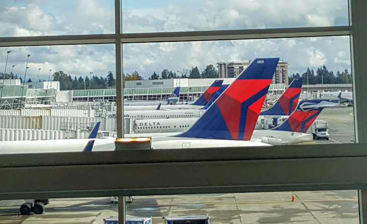 Views from the expansive 30-foot windows in the Skyclub. Mount Ranier is supposedly visible on clear days (Photo: Scott Hintz)