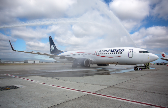 Airlines: Are watery welcomes drying up?