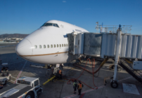 Emotional goodbye to United's Boeing 747