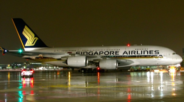 Singapore Airlines Giant Airbus A380 Arrives At Sfo