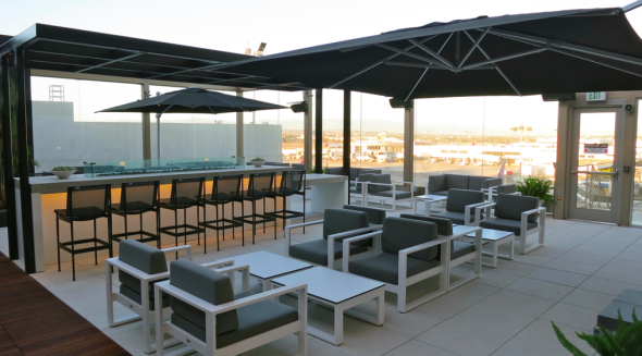The swank outdoor terrace at the new Star Alliance lounge at LAX (Chris McGinnis)