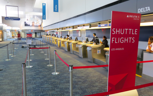 Loath crowds? Delta's Terminal 1 is nearly empty mid-afternoon (Chris McGinnis)