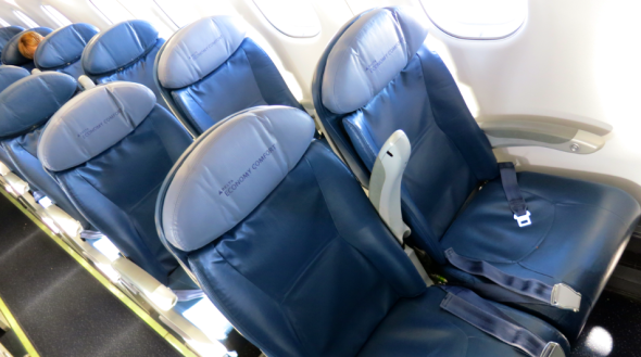 Delta's Economy Comfort seats onboard the Embraer 175 (Chris McGinnis)