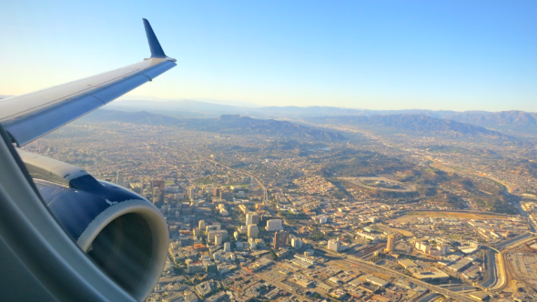 Delta California Shuttle's low altitude swing over LA offers some impressive views! (Chris McGinnis)