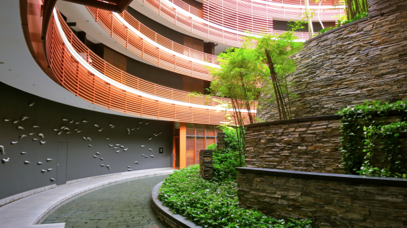 The stunning interior courtyard of the Capella Singapore hotel (Chris McGinnis)