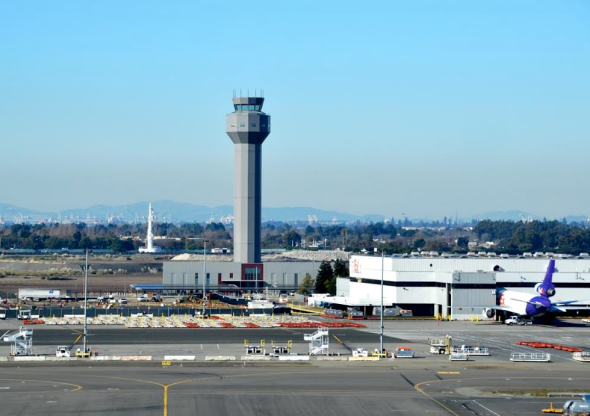 Oakland's new 236-ft , $33 million control tower is officially dedicated this week (Oakland Int'l Airport)