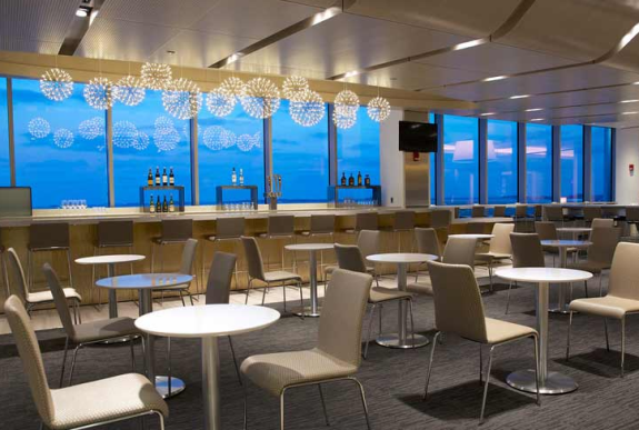 New United Club at BOS offers excellent views of runways and the harbor.