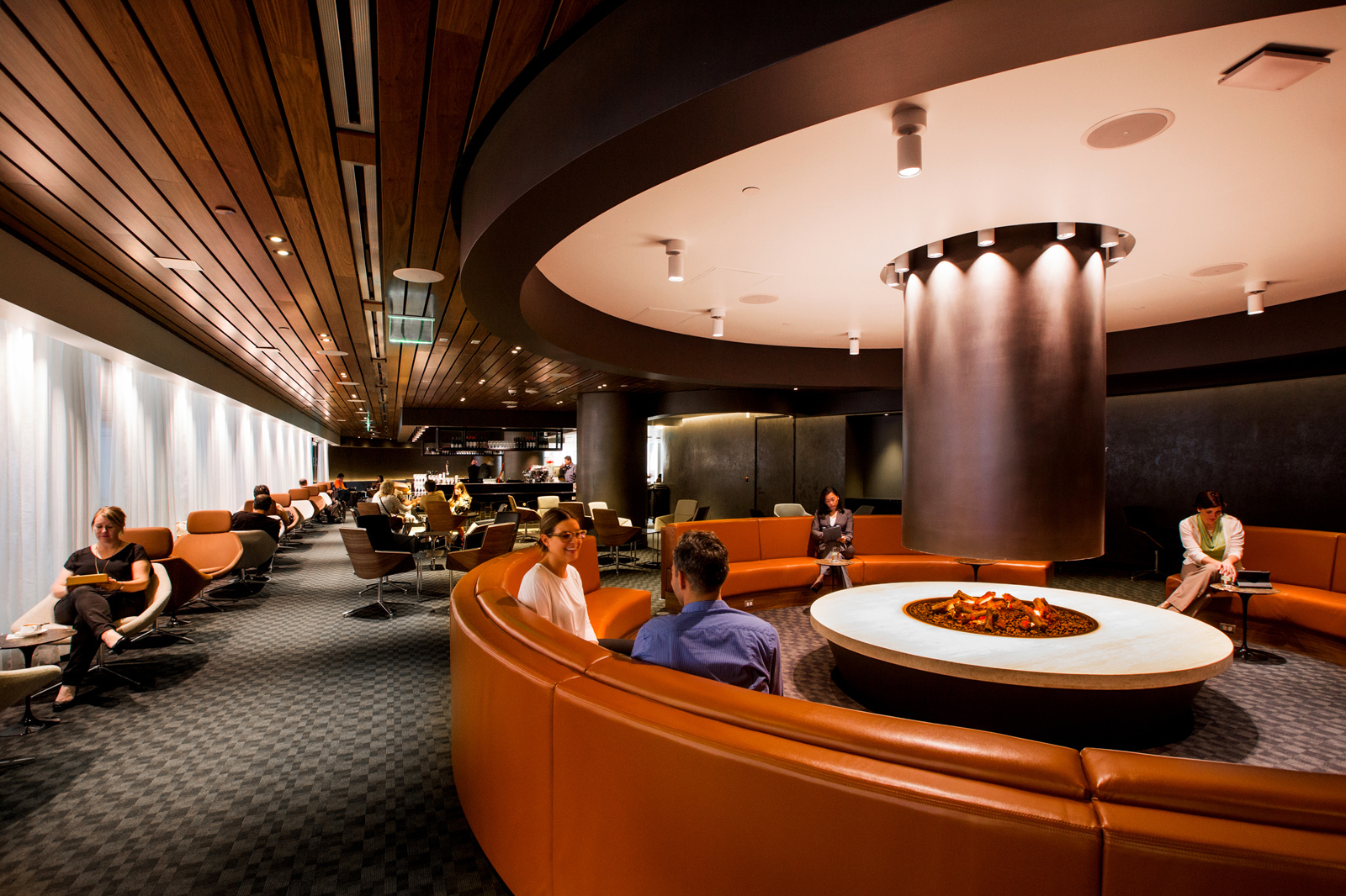 Swank new QANTAS lounge at LAX (Photo: QANTAS)