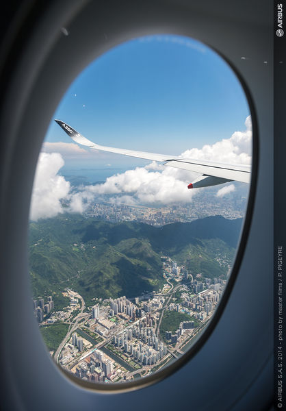 A350 XWB - ROUTE PROVING - TRIP 2 - HONG KONG THROUGH THE WINDOW