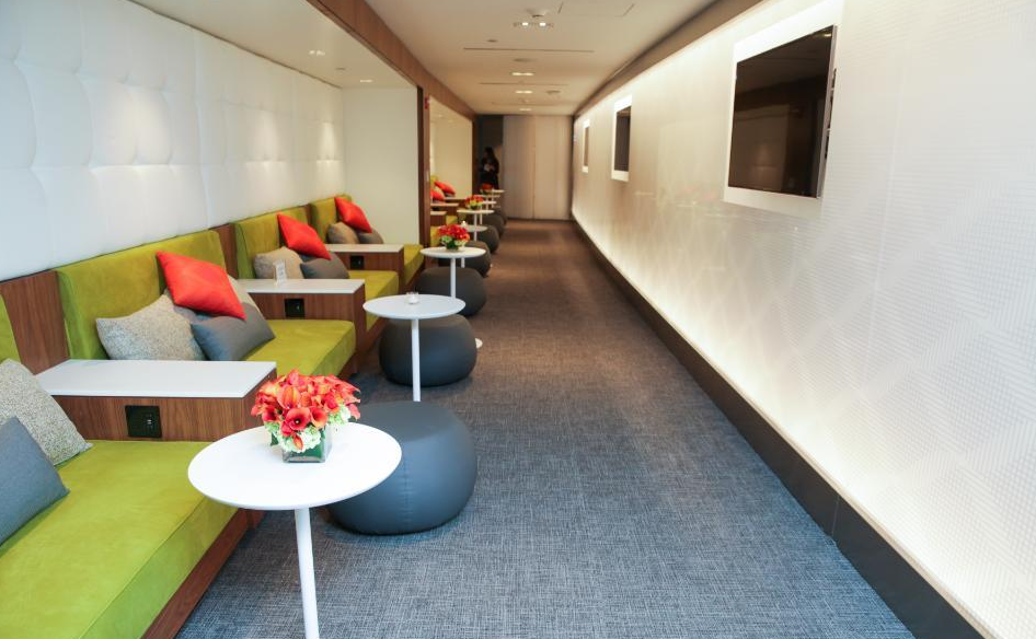 Entering the brand new American Express Centurion Lounge at New York LaGuardia (Photo: American Express)