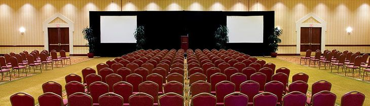 Meeting room at Phoenix Marriott Mesa Hotel (PHOTO: Marriott)