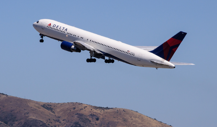 A Delta 767 taking off from SFO (InSapphoWeTrust / Flickr)