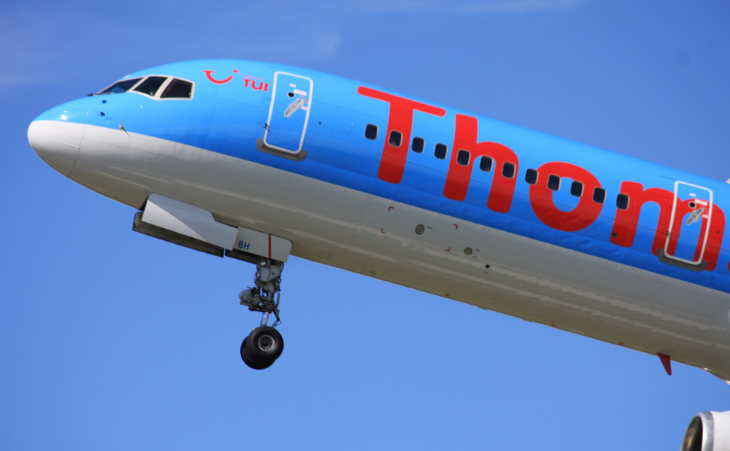 See the dolphin shaped nose and the location of landing gear on this Thompson 757? (Photo: Andrew Thomas / Flickr)
