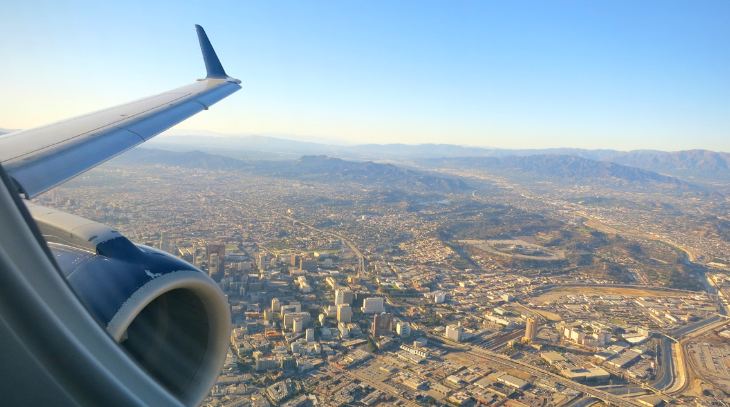 Flying the Delta California Shuttle from SFO to LAX (Photo: Chris McGinnis)