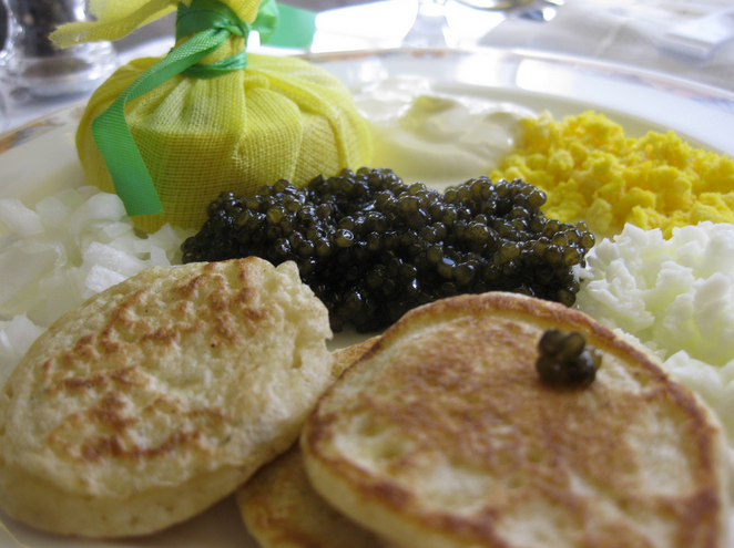 Caviar onboard Emirates in first class (Image: Leon Brocard / Flickr)