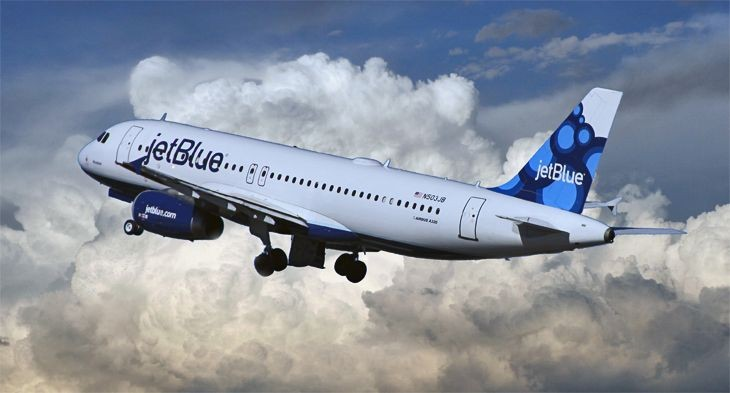 JetBlue will add several extra flights between DEN and SFO for the Super Bowl (Image: Jim Glab)