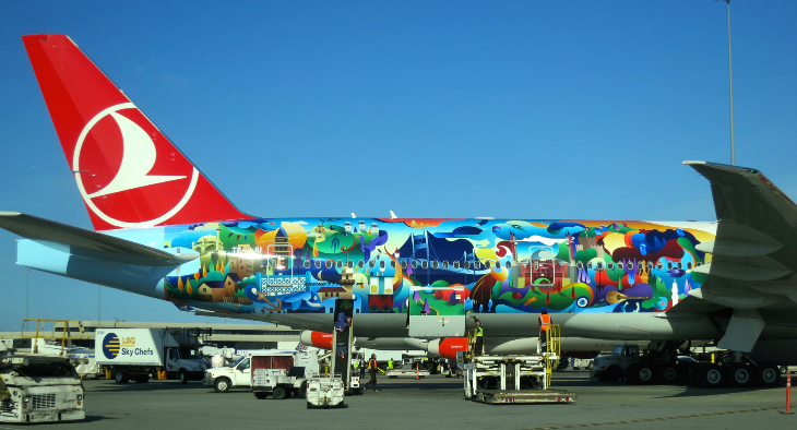 This Turkish Airlines 777 has a mural of Istanbul on the fuselage. (Image: Chris McGinnis)