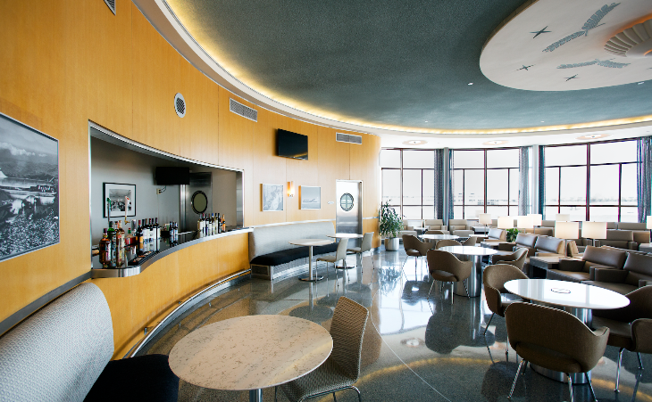 Newly renovated United Club at Washington National Airport (Photo: United)