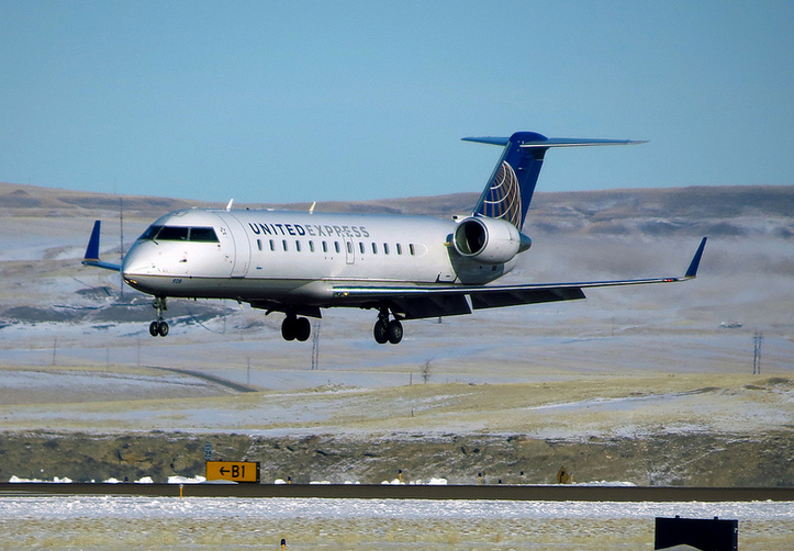 United CRJ made by Bombardier getting replaced by roomier Embraers (Photo: RedLegsFan21 / Flickr)