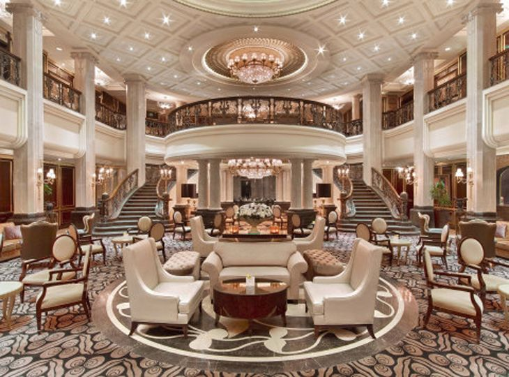 A former count's palace is now a St. Regis hotel in Miscow. (Image: Starwood)