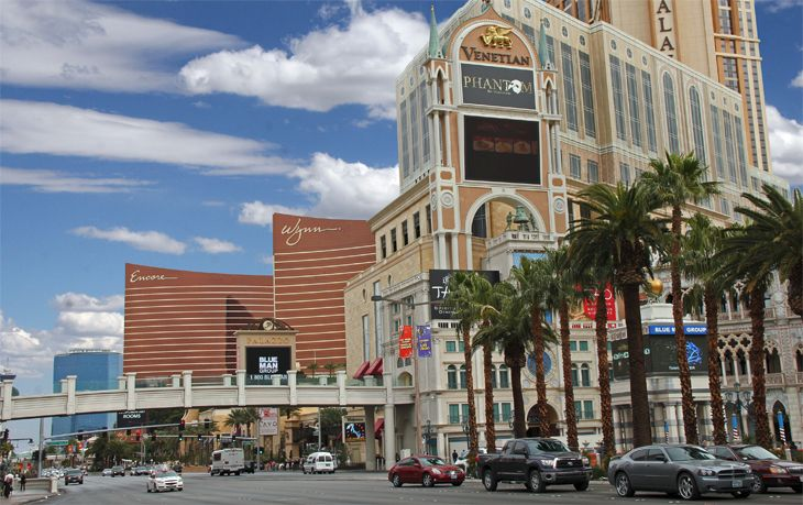 Hotel resort fees are big in destinations like Las Vegas. (Image: Jim Glab)