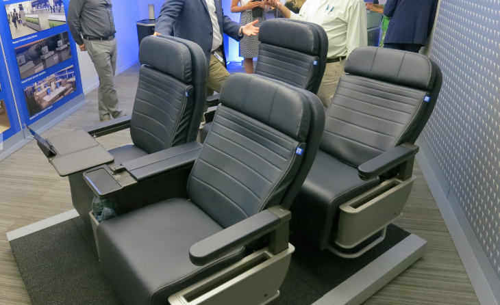 United is rolling out a new first class seat for its A319, A320 and some 757 aircraft (Photo: Chris McGinnis)