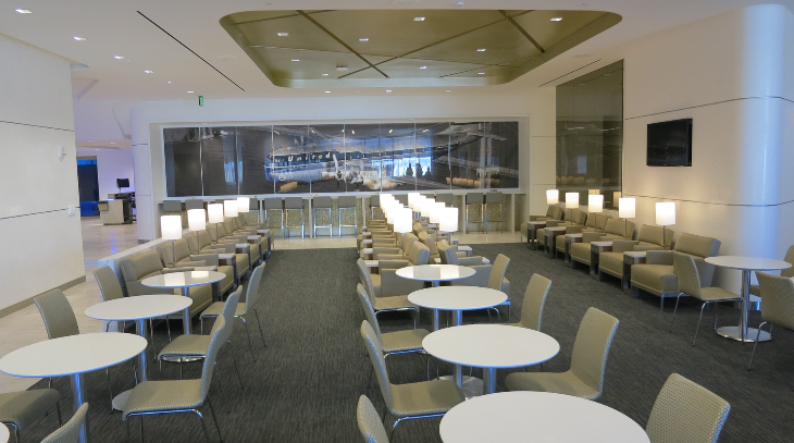New United Club at SFO packs em in- seating for 130 flyers (Chris McGinnis)